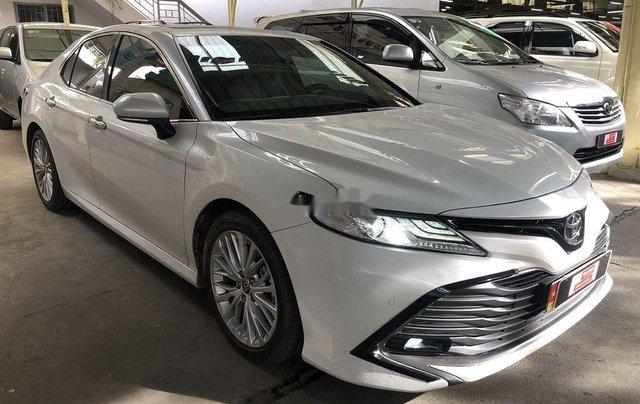 Cần bán Toyota Camry năm 2019, nhập khẩu nguyên chiếc còn mới2