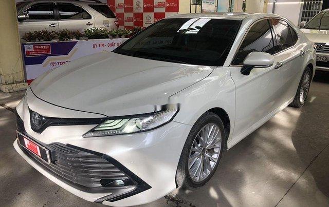 Cần bán Toyota Camry năm 2019, nhập khẩu nguyên chiếc còn mới1