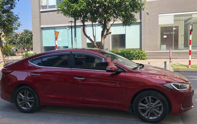 Cần bán xe Hyundai Elantra năm sản xuất 2016, màu đỏ, 520tr3