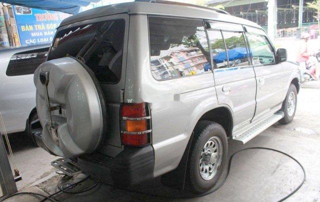 Cần bán xe Mitsubishi Pajero năm 2004, màu bạc, nhập khẩu, giá chỉ 180 triệu3