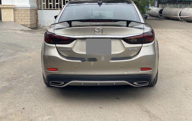 Bán ô tô Mazda 6 sản xuất năm 2017, màu vàng xe gia đình6