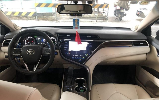 Cần bán Toyota Camry năm 2019, nhập khẩu nguyên chiếc còn mới5