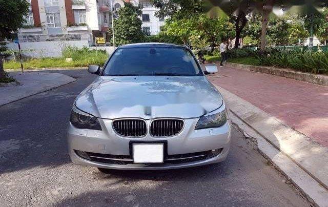 Cần bán xe BMW 5 Series 530i 2007, màu bạc như mới0