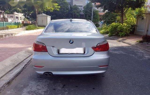 Cần bán xe BMW 5 Series 530i 2007, màu bạc như mới2