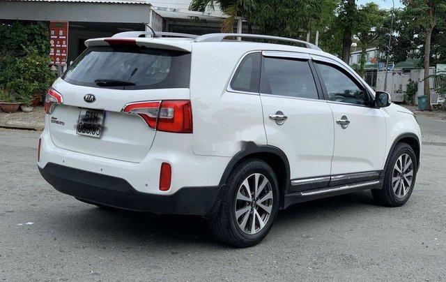 Cần bán xe Kia Sorento đời 2016, màu trắng2