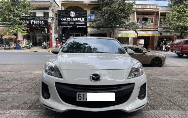 Bán Mazda 3 năm 2013, màu trắng còn mới0