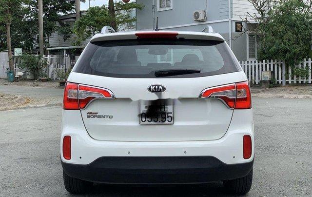 Cần bán xe Kia Sorento đời 2016, màu trắng1