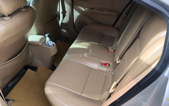 Bán Toyota Vios sản xuất 2016, màu bạc còn mới5