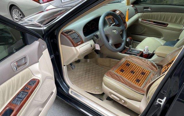 Bán Toyota Camry năm sản xuất 2003, màu đen8