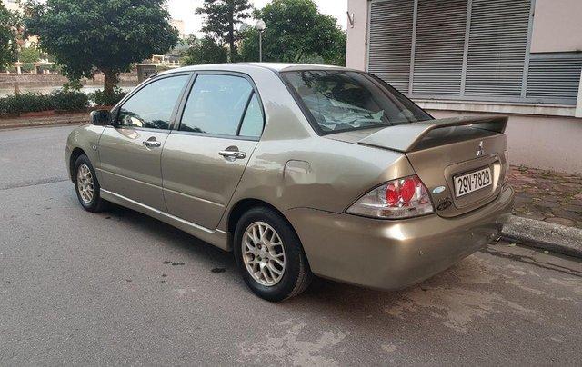 Cần bán gấp Mitsubishi Lancer sản xuất năm 2005 còn mới1
