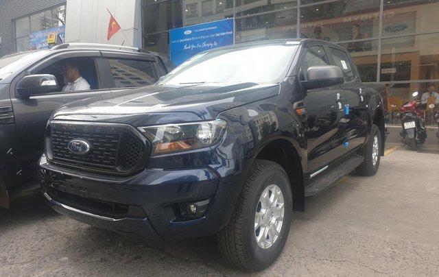 Ford Ranger XLS số tự động model 2021 khuyến mãi tiền mặt, tặng quà hấp dẫn1