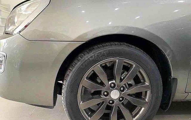 Cần bán lại xe Kia Carens sản xuất 2013 chính chủ4