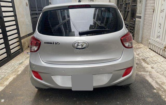 Mình cần bán Hyundai I10 2016, số sàn màu bạc nhập Ấn1