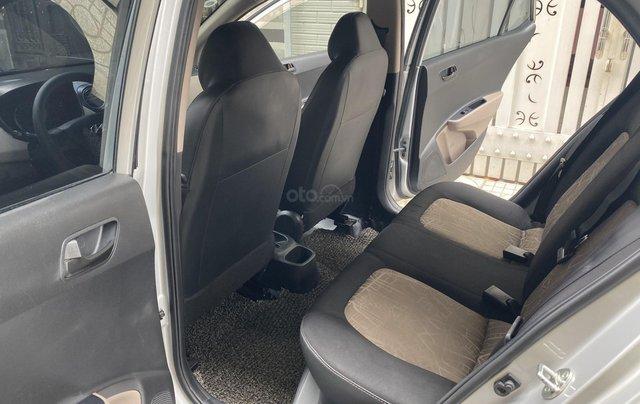 Mình cần bán Hyundai I10 2016, số sàn màu bạc nhập Ấn9