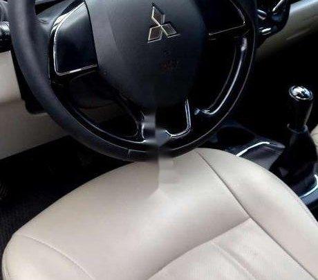 Xe Mitsubishi Attrage sản xuất 2017, nhập khẩu nguyên chiếc còn mới6