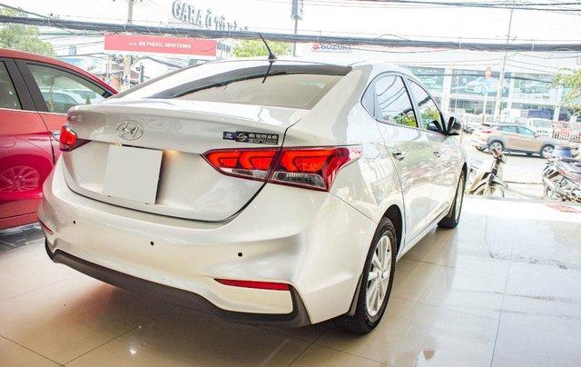 Bán xe Hyundai Accent AT sản xuất 20184