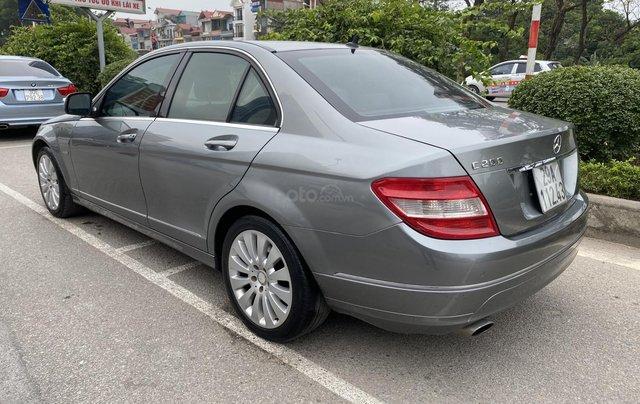 Bán xe Mercedes C200 Elegance, màu ghi xám3