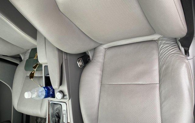 Bán xe Mercedes C200 Elegance, màu ghi xám9