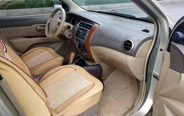 Cần bán lại Nissan Grand Livina 2010, giá chỉ 285 triệu1
