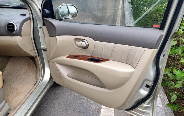 Cần bán lại Nissan Grand Livina 2010, giá chỉ 285 triệu5