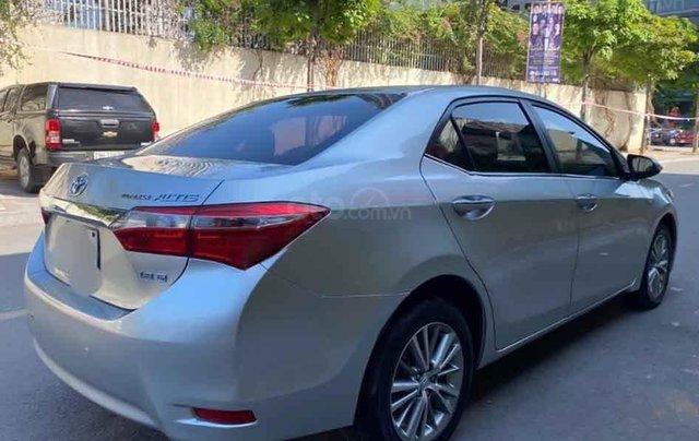 Cần bán xe Toyota Corolla Altis đời 2016, màu bạc3