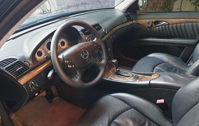 Em bán xe Mercedes E200 SX và ĐK 2008, màu đen7