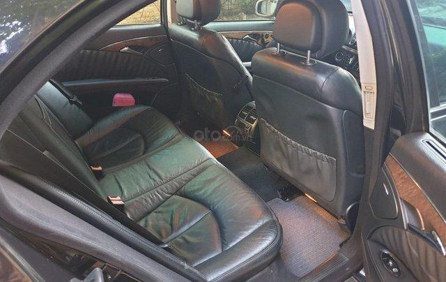 Em bán xe Mercedes E200 SX và ĐK 2008, màu đen8