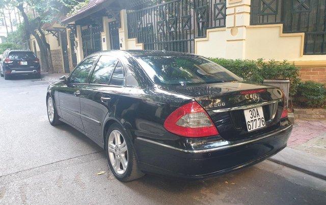 Em bán xe Mercedes E200 SX và ĐK 2008, màu đen0