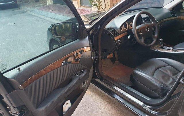 Em bán xe Mercedes E200 SX và ĐK 2008, màu đen6