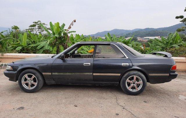Cần bán xe Toyota Mark II năm sản xuất 19892