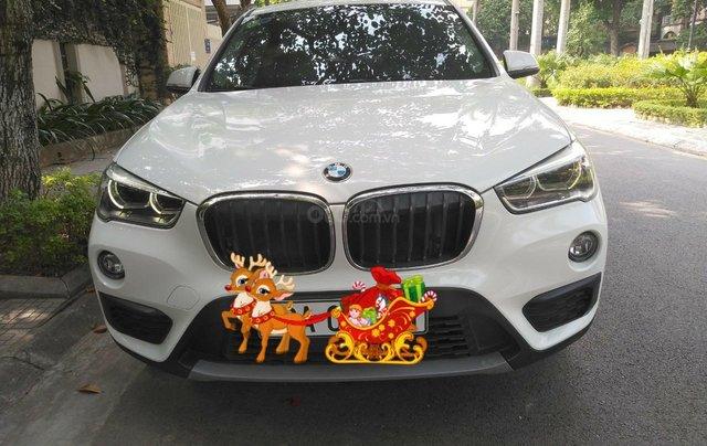 Trắng tinh cho lòng nàng rung rinh - BMW X1 2016 trắng nhập khẩu0