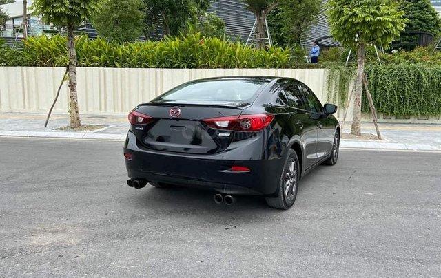 Mazda 3 Sedan 1.5AT sản xuất 2015 màu đen, nội thất đen2
