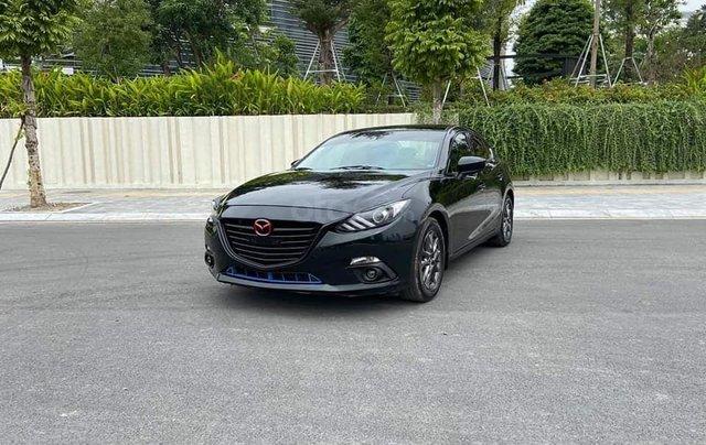 Mazda 3 Sedan 1.5AT sản xuất 2015 màu đen, nội thất đen4