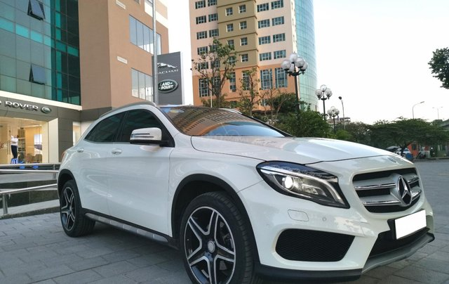 Mercedes-Benz GLA 250 4Matic năm 2016, màu trắng, xe nhập0