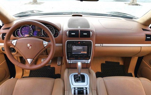 Cần bán xe Cayenne GTS 2008 màu đen, xe nhập4