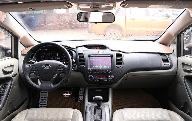 Cần bán xe Kia K3 2.0AT sx 20159