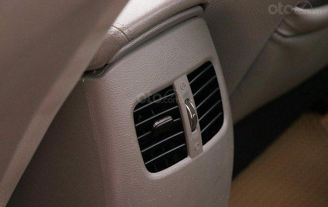 Cần bán xe Kia K3 2.0AT sx 201512