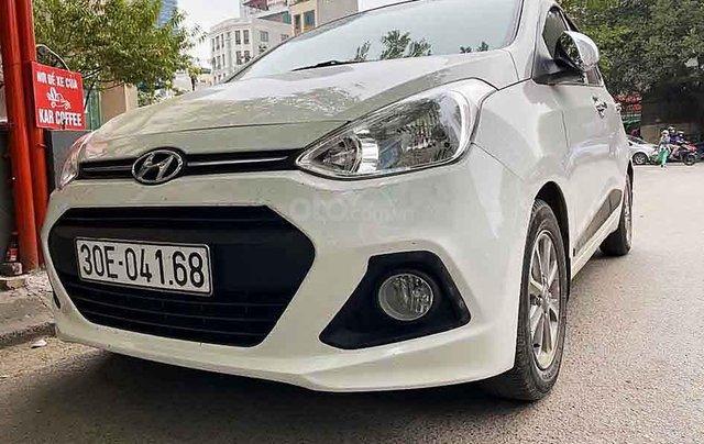 Xe Hyundai Grand i10 sản xuất năm 2016, màu trắng, nhập khẩu chính chủ, 358 triệu0
