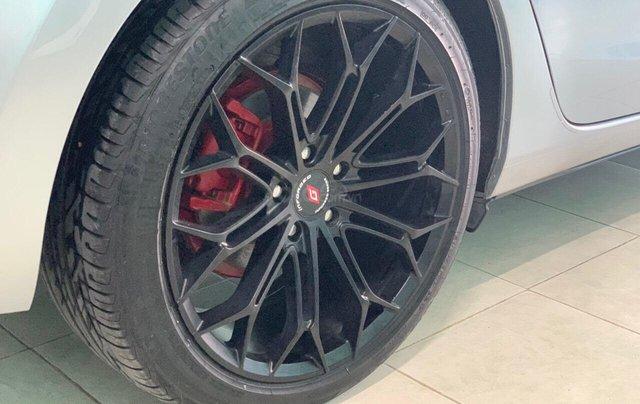 Bán xe Mazda 6 2.0 sản xuất 2017, màu xám khói, xe đẹp như mới, giá cả uy tín8