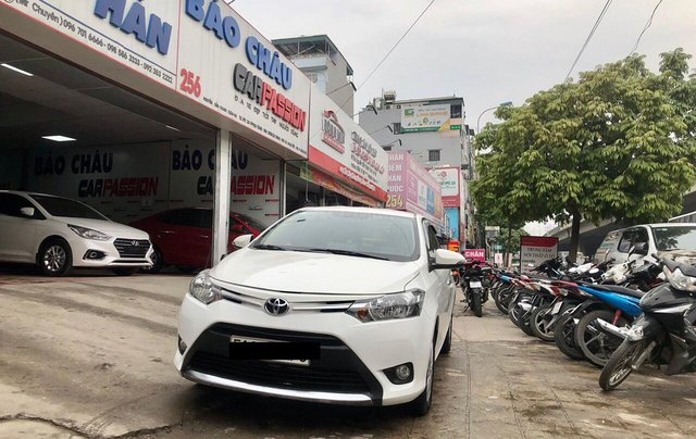 Cần bán lại Toyota Vios E 2018, màu trắng, biển thành phố, xe đẹp như mới5
