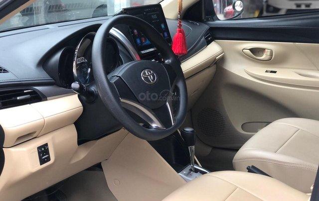 Cần bán lại Toyota Vios E 2018, màu trắng, biển thành phố, xe đẹp như mới8