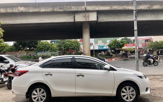Cần bán lại Toyota Vios E 2018, màu trắng, biển thành phố, xe đẹp như mới3