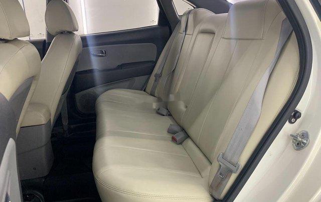 Cần bán lại xe Hyundai Avante năm sản xuất 2011 còn mới, 293 triệu8