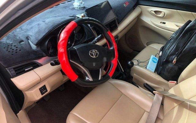 Bán Toyota Vios sản xuất 2016, màu bạc còn mới4