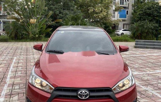 Cần bán Toyota Yaris sản xuất 2014, màu đỏ, nhập khẩu, giá tốt0