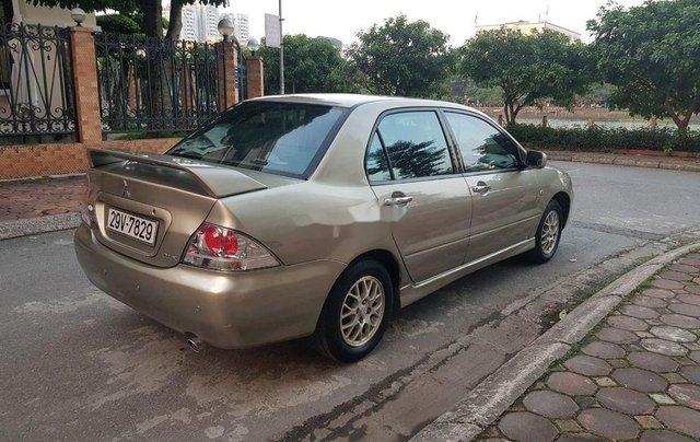 Cần bán gấp Mitsubishi Lancer sản xuất năm 2005 còn mới3