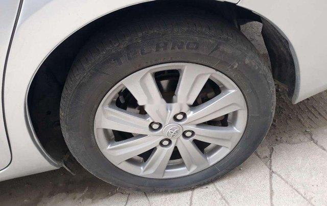 Bán Toyota Vios năm 2015 còn mới, giá 332tr4