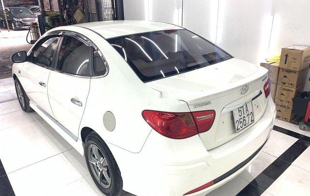 Cần bán lại xe Hyundai Avante năm sản xuất 2011 còn mới, 293 triệu4