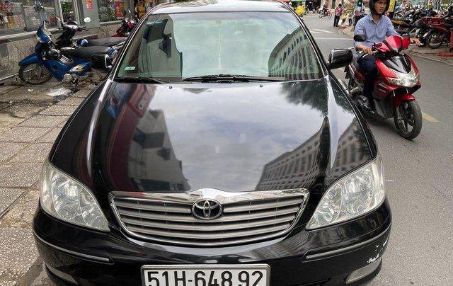 Bán Toyota Camry năm sản xuất 2003, màu đen0