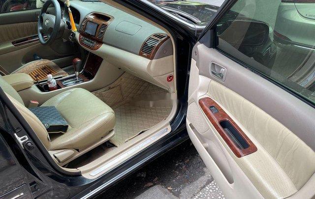 Bán Toyota Camry năm sản xuất 2003, màu đen6
